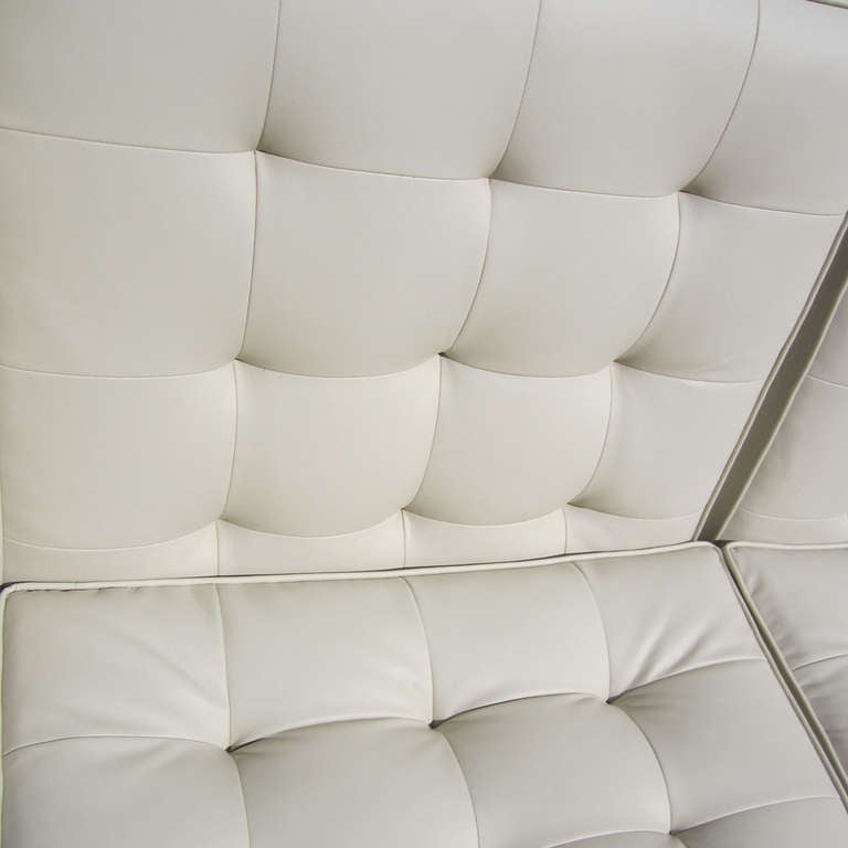 Florence Knoll Tufted Leather Sofa For Sale At 1stdibs