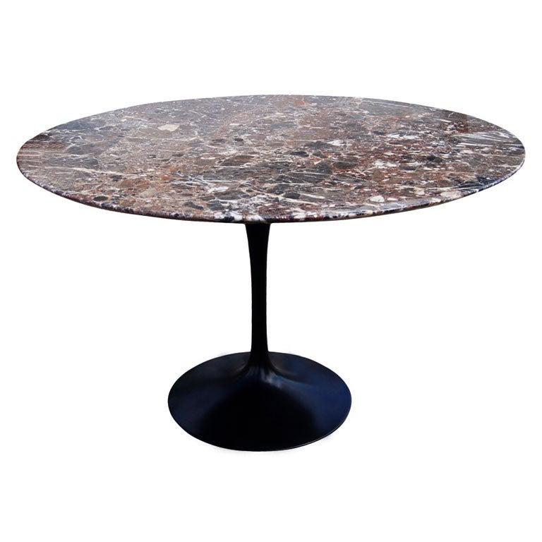 Eero Saarinen For Knoll Round Marble Dining Table
