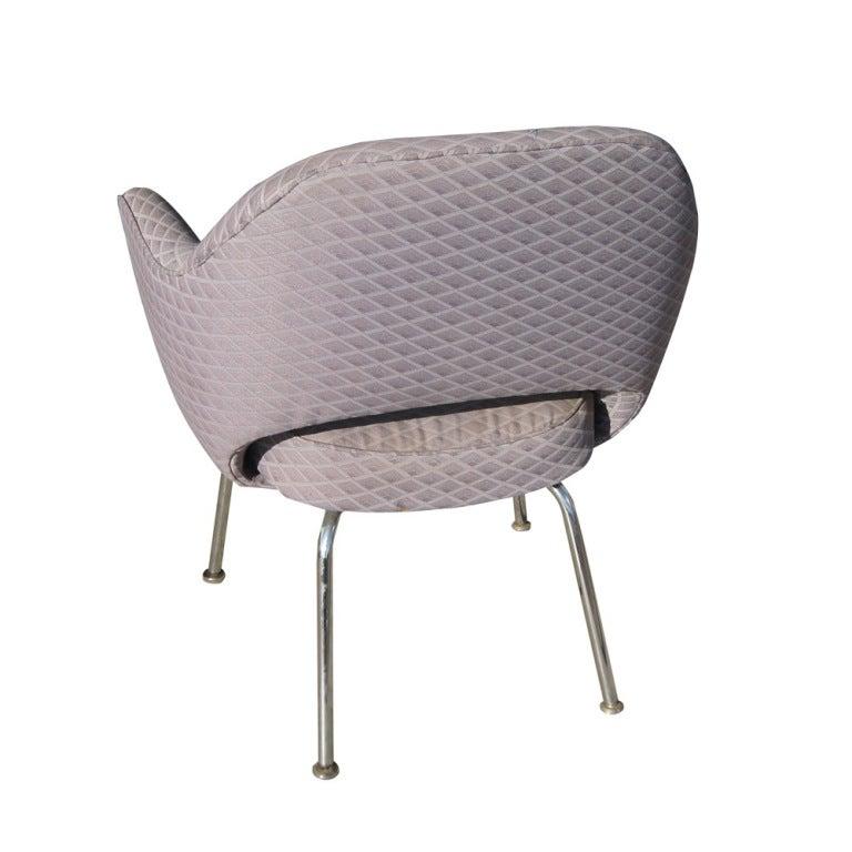 six eero saarinen for knoll arm chairs at 1stdibs