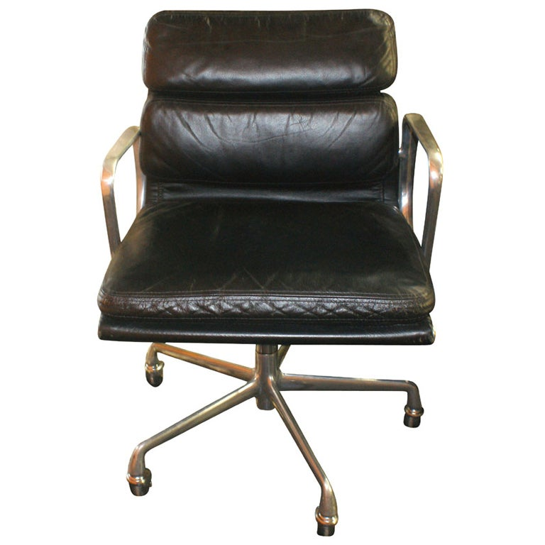 eames for herman miller soft pad management chair at 1stdibs