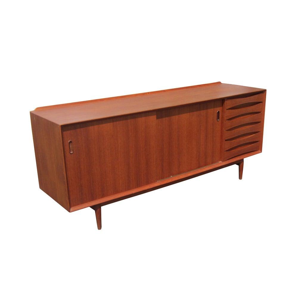 Vintage danish teak credenza designed by arne vodder for for Reduced furniture
