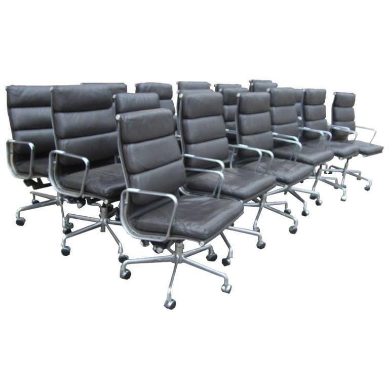 Herman Miller Eames Executive Soft Pad Chairs With Five