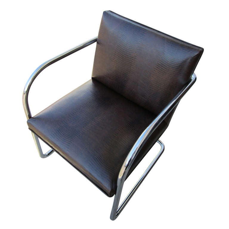 1 Thonet Mies van der Rohe Brno Chairs With Embossed Leather In Excellent Condition For Sale In Pasadena, TX