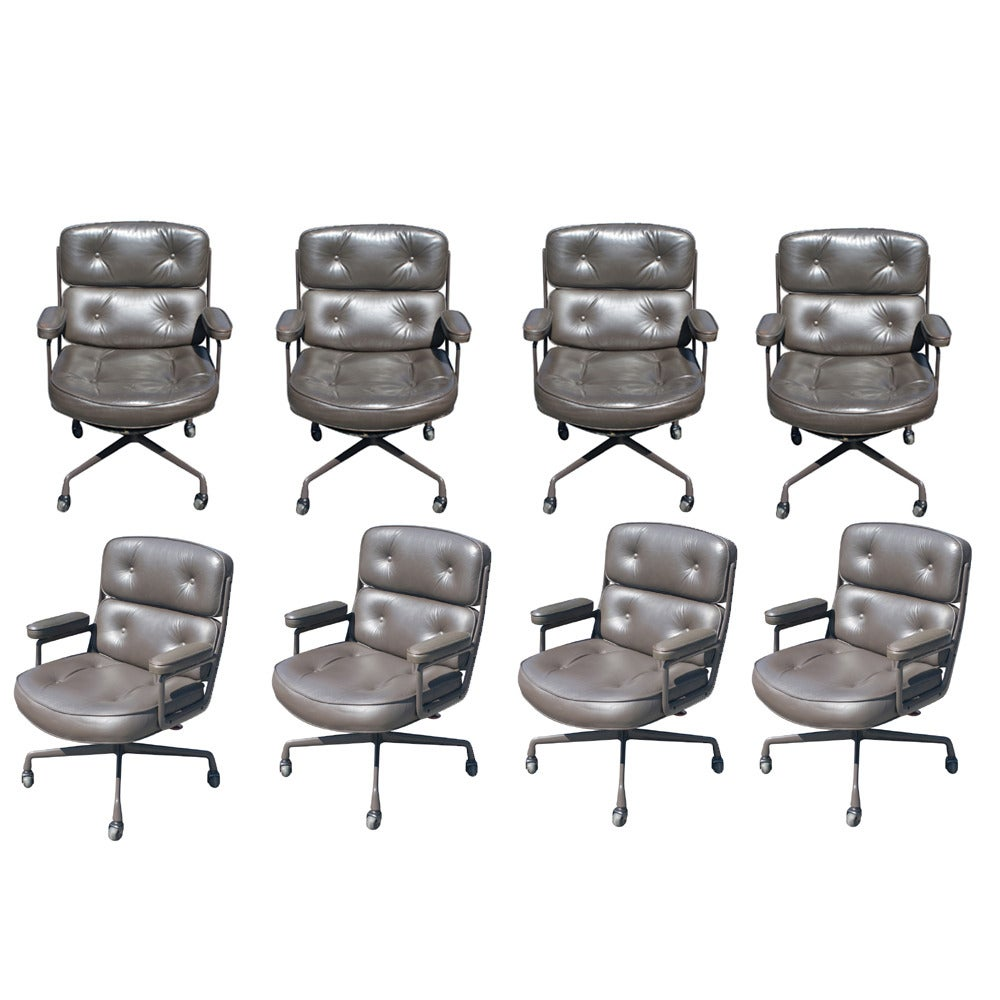 1 Eames Executive Time Life Chairs For Herman Miller 1