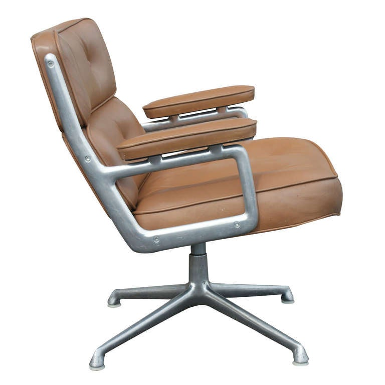 Charles eames for herman miller time life lounge leather for Charles eames lounge chair nachbildung