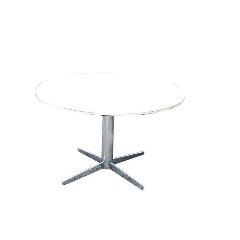 Mid-Century Modern Vintage Dinette Table on a Chrome Base For Sale