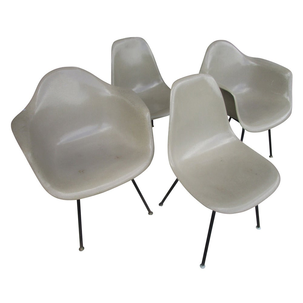 Vintage Mid Century Modern Fiberglass Shell Chair By Eames
