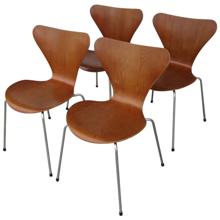 set of four vintage series 7 chairs designed by arne. Black Bedroom Furniture Sets. Home Design Ideas