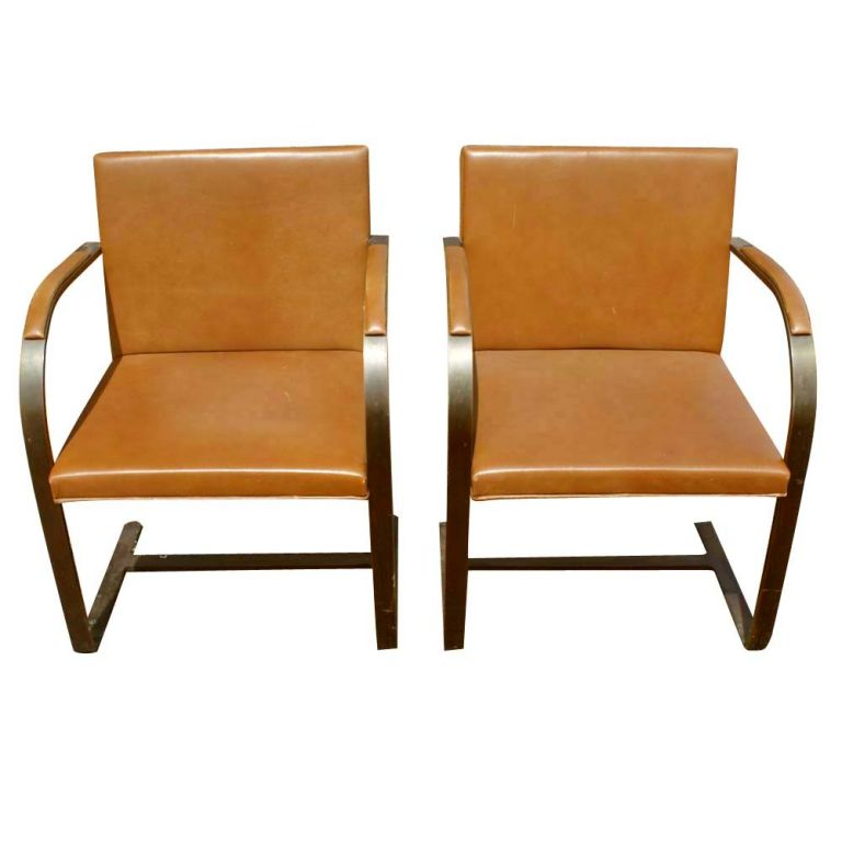 pair of mies van der rohe for knoll bronze brno chairs at. Black Bedroom Furniture Sets. Home Design Ideas