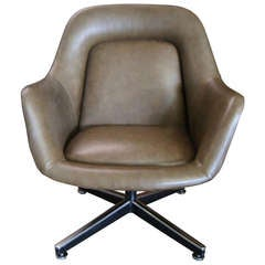 Vintage Oversize Leather Executive Chair by Max Pearson for Knoll