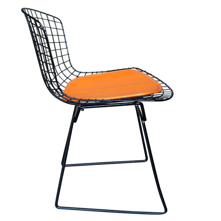 Vintage harry bertoia for knoll black side chair for sale at 1stdibs - Knoll inc chairs ...