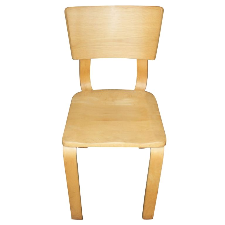 Beau German Eight Thonet Bentwood Birch Plywood Dining Chairs For Sale