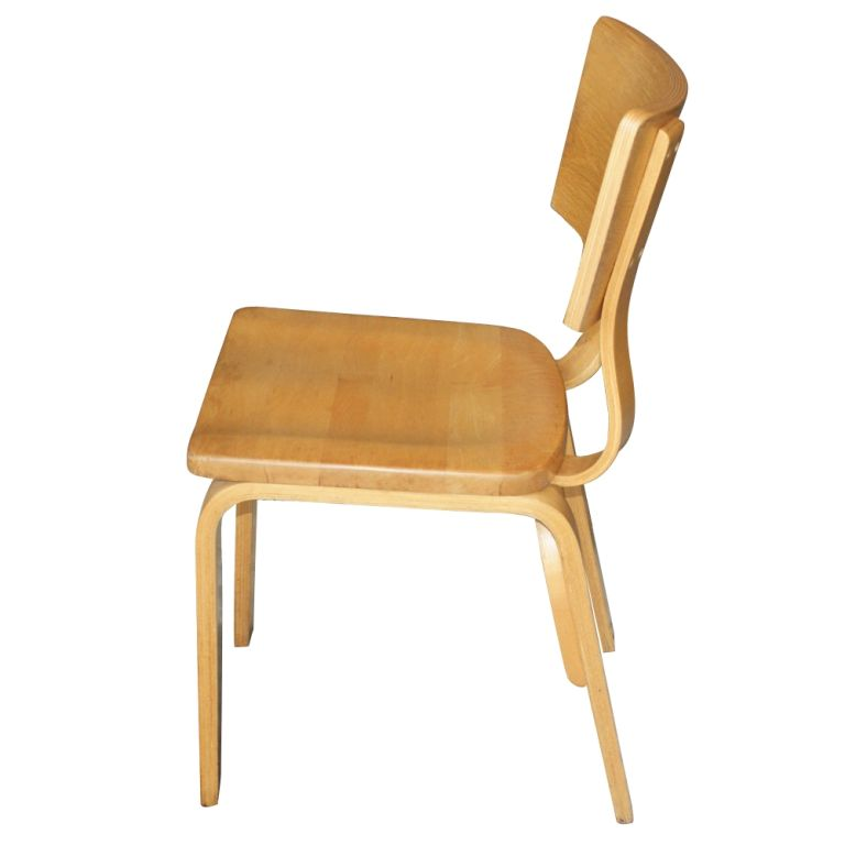 Eight Thonet Bentwood Birch Plywood Dining Chairs In Excellent Condition  For Sale In Pasadena, TX