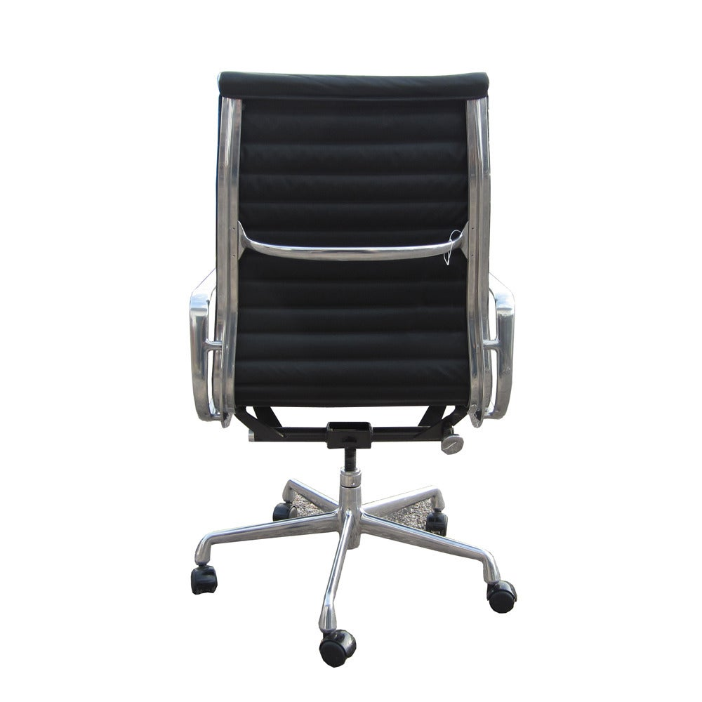 herman miller aluminum group executive chairs black leather at 1stdibs