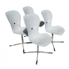 Set of Four American Desk Corporation Gideon Kramer Ion Chairs