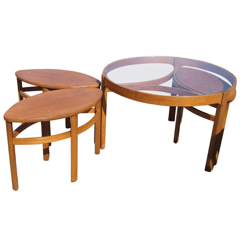 Vintage danish nesting coffee table set at 1stdibs for Modern nesting coffee tables