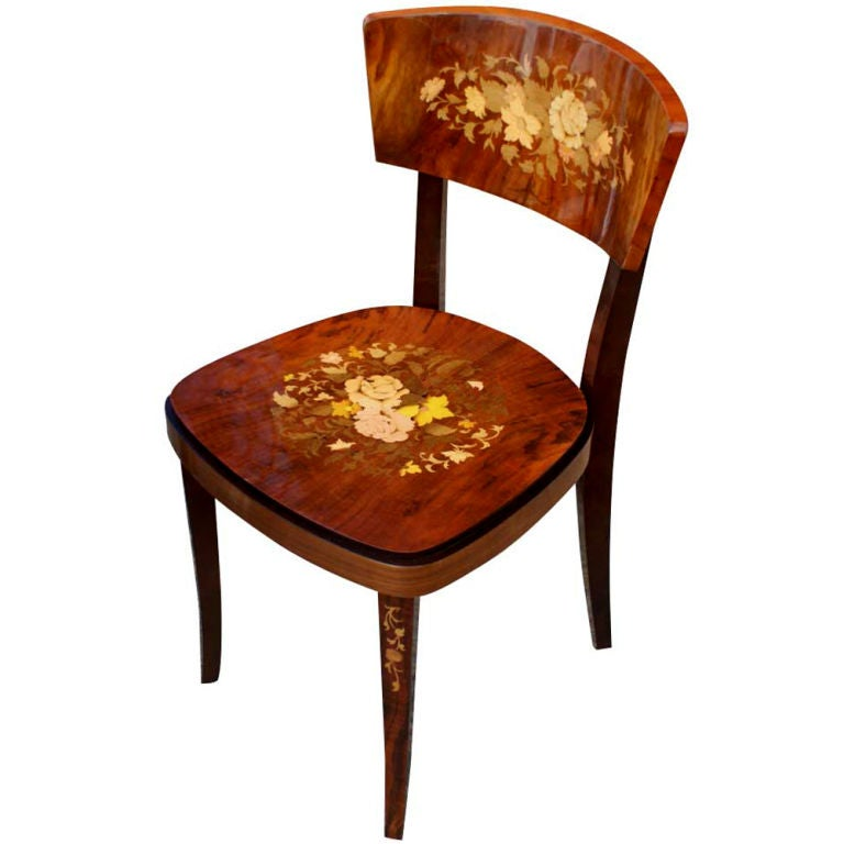 Charming Italian Marquetry Games Table And Four Chairs 3