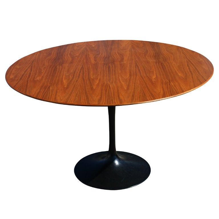 Dining Table Knoll Dining Table Saarinen
