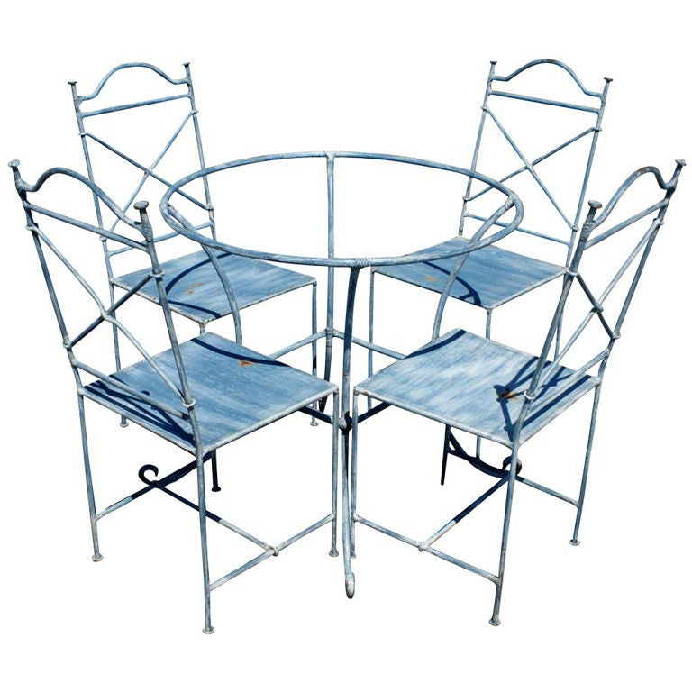 Vintage wrought iron outdoor table and four chairs at 1stdibs for Small patio table and 4 chairs