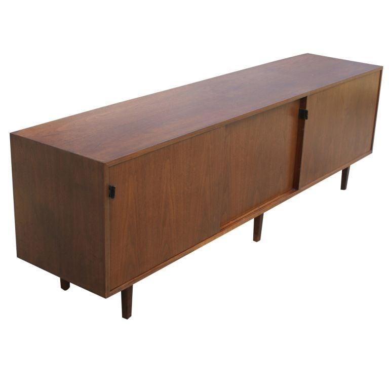 8671 1306607608. Black Bedroom Furniture Sets. Home Design Ideas