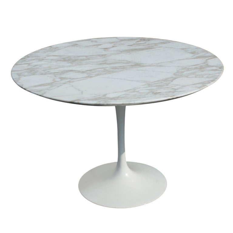 Eero Saarinen For Knoll Round Marble Dining Table