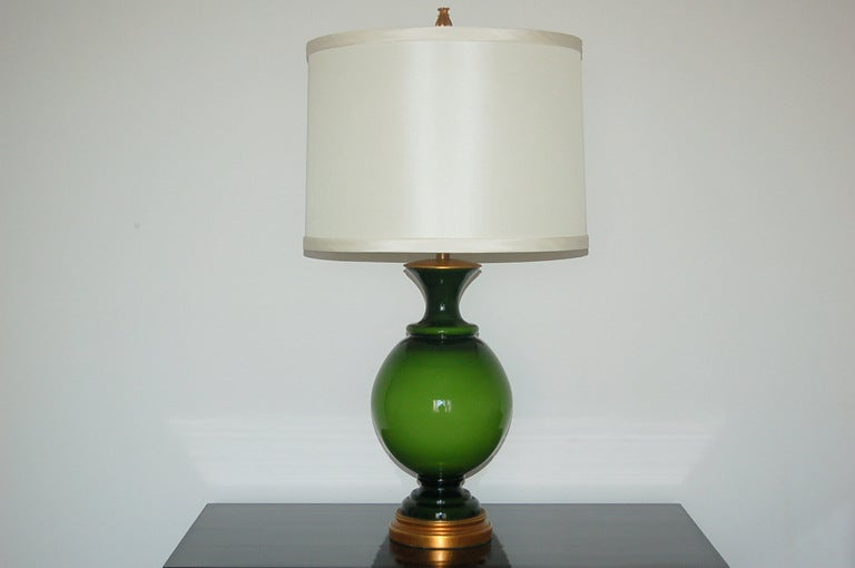 marbro lamp company swedish glass table lamp in brilliant lime green. Black Bedroom Furniture Sets. Home Design Ideas