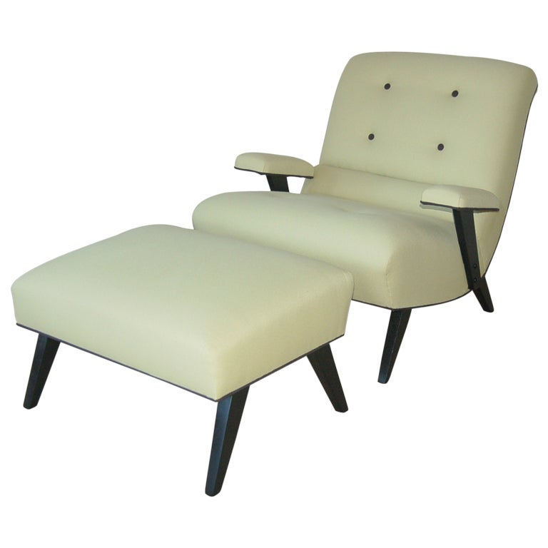 Stylish armed sitting chair and ottoman in celery boucle for Ottoman to sit on