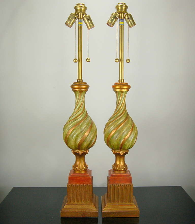 pair of vintage carved wooden italian table lamps by marbro for sale at 1stdibs. Black Bedroom Furniture Sets. Home Design Ideas