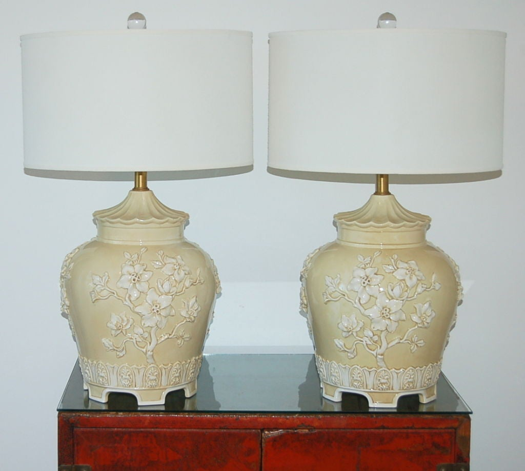 Vintage Table Lamps With Flowers : Vintage ceramic lamp with applied flowers at stdibs