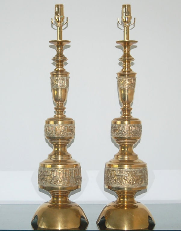 carved vintage brass table lamps a la james mont for sale at 1stdibs. Black Bedroom Furniture Sets. Home Design Ideas