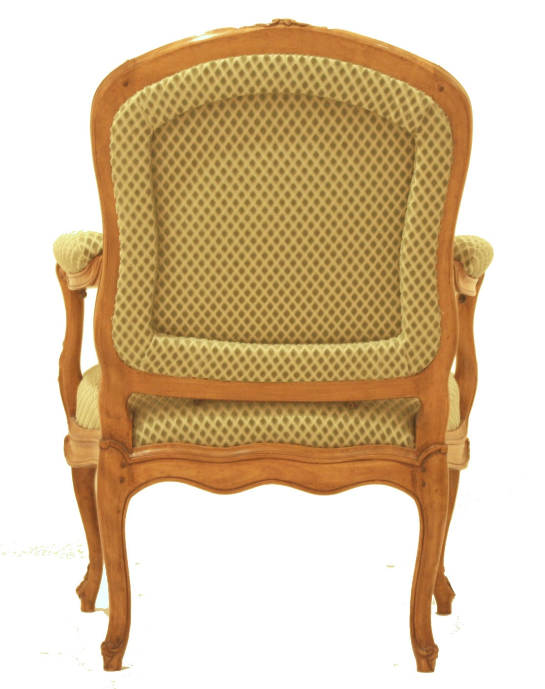 Pair of French Louis XV Style Beechwood Fauteuils In Good Condition For Sale In Dallas, TX