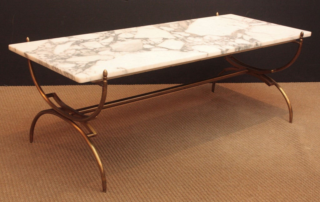 carrara marble and brass cocktail table at 1stdibs. Black Bedroom Furniture Sets. Home Design Ideas