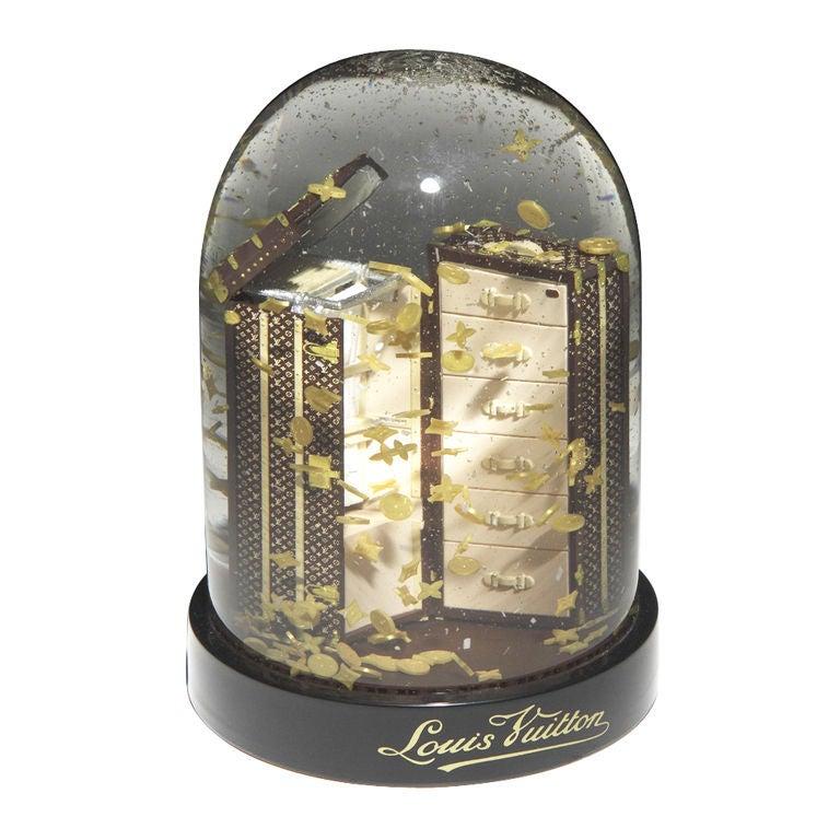 Louis Vuitton 'Snow Globe'.
