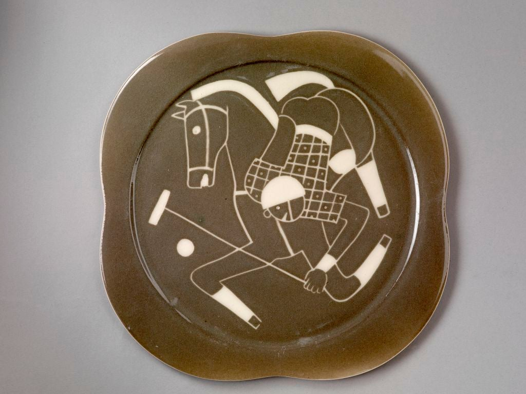 Sgraffito ceramic 'Polo' plates by Waylande Gregory For Sale 4