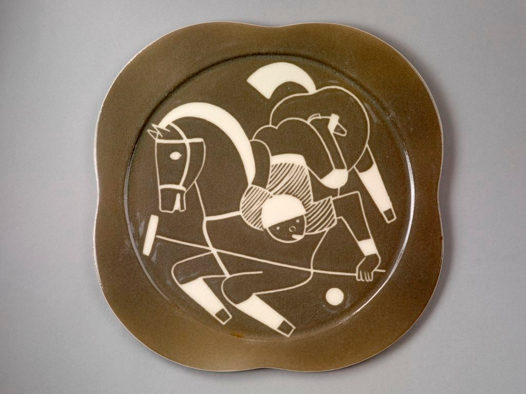 Sgraffito ceramic 'Polo' plates by Waylande Gregory For Sale 1