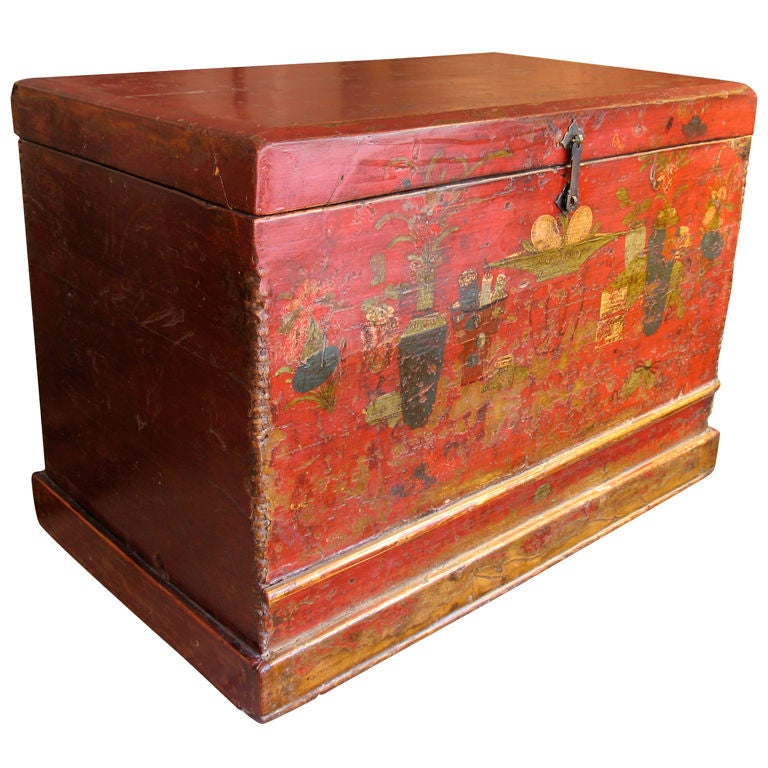 painted wooden trunk at 1stdibs On painted wooden chest