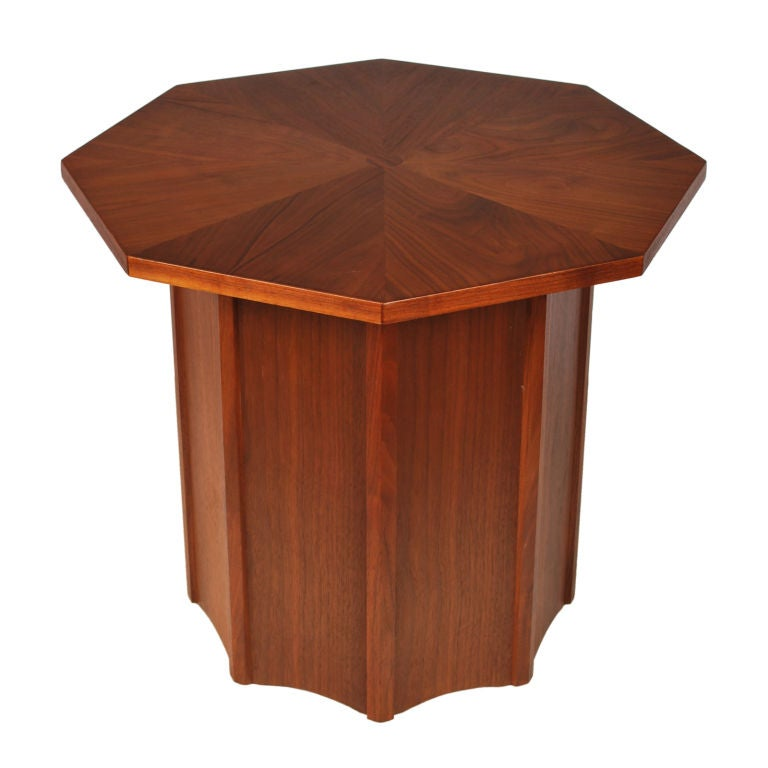 Mid Century Modern Walnut Side Table at 1stdibs