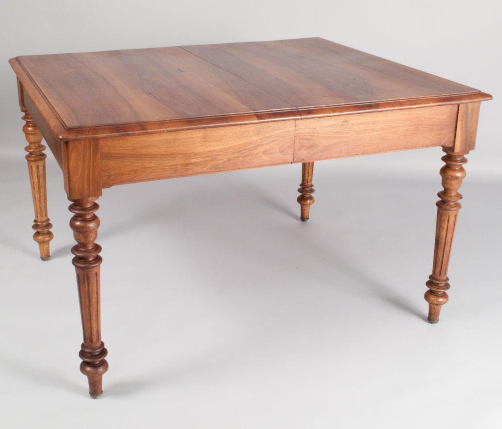 french henri ii dining table at 1stdibs. Black Bedroom Furniture Sets. Home Design Ideas