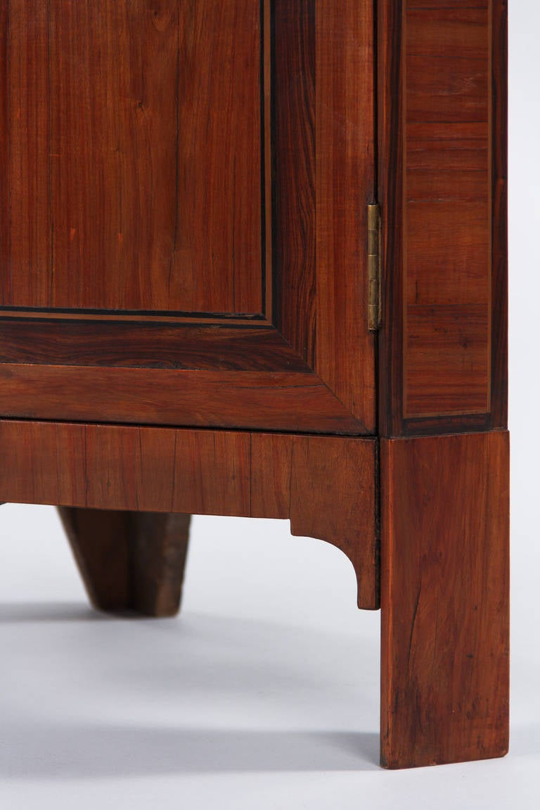 French Louis XVI Style Rosewood Corner Cabinet, 1900s For Sale 5