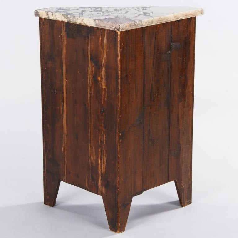 French Louis XVI Style Rosewood Corner Cabinet, 1900s For Sale 1
