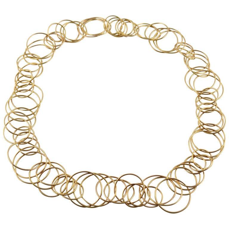 Jona Multiple Interlocking Hoops 18k Yellow Gold Necklace