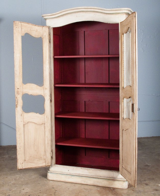 Restauration style painted armoire at 1stdibs - Restauration armoire ancienne ...