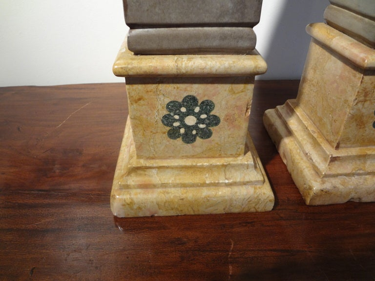 Pair of 19th Century Italian Neoclassical Style Marble Obelisks For Sale 1