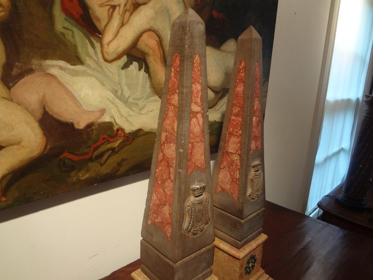 Pair of 19th Century Italian Neoclassical Style Marble Obelisks For Sale 2