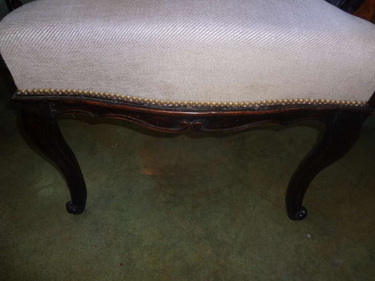 Louis XV 18th Century Italian Walnut Chair Grand Scale For Sale