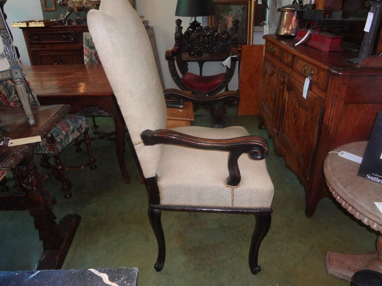 18th Century Italian Walnut Chair Grand Scale In Good Condition For Sale In Houston, TX