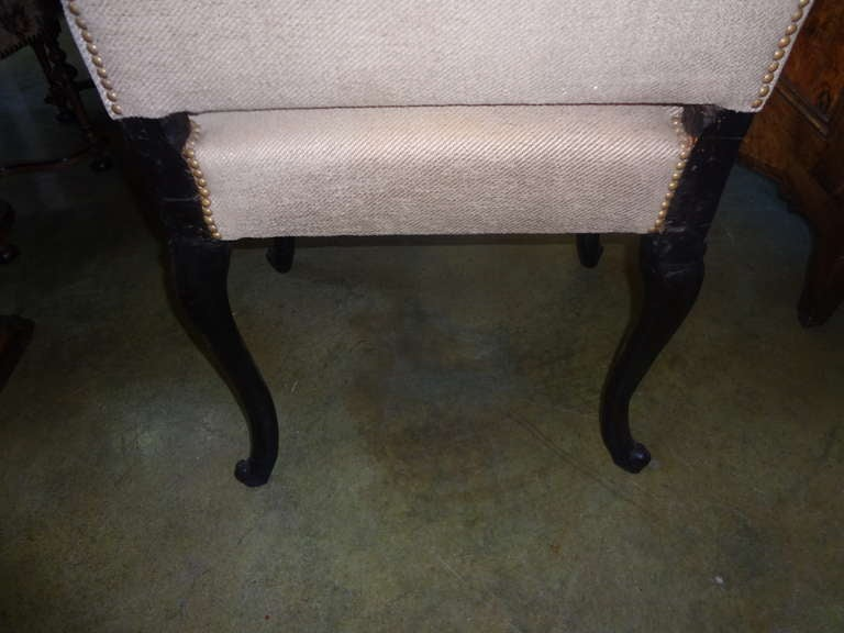 18th Century Italian Walnut Chair Grand Scale For Sale 1