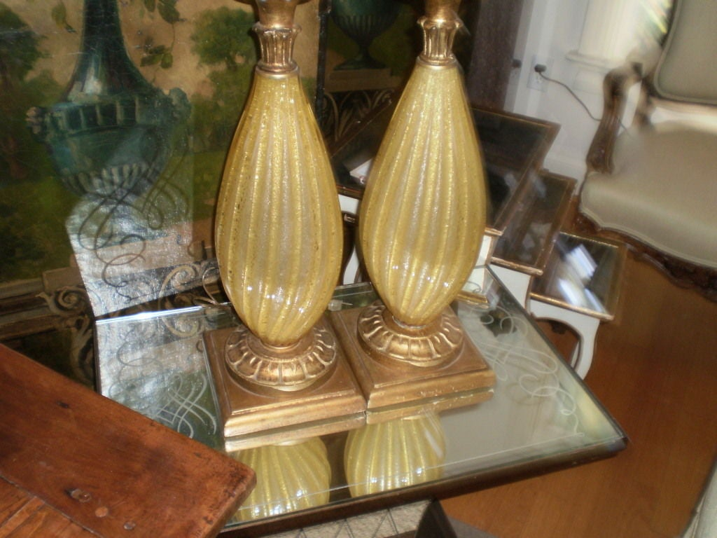 Mid-20th Century Pair of Murano Glass Lamps For Sale