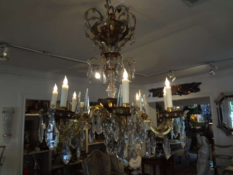 French Maison Baguès Style Eight-Light Crystal Chandelier For Sale 1