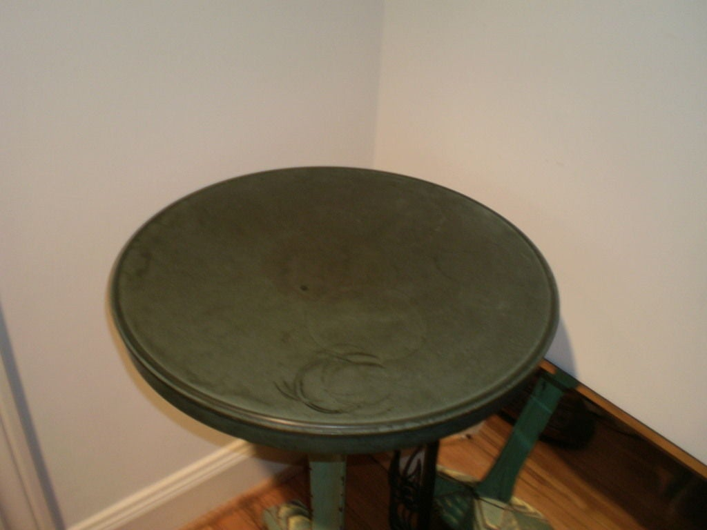 French Art Deco Iron Bistro Table with Bakelite Top In Good Condition For Sale In Houston, TX